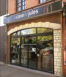 Façade de La Cave de Jules à La Madeleine